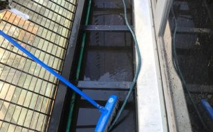 Canopy-gutter-cleaning-1